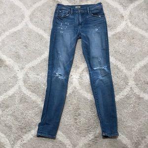 HALLE Mid Rise Super Skinny True Religion Jeans